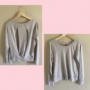 Yogalicious Relaxed Yoga Top Long Sleeve Size M